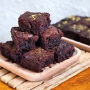 Fudgy Brownies [$22 for 16]