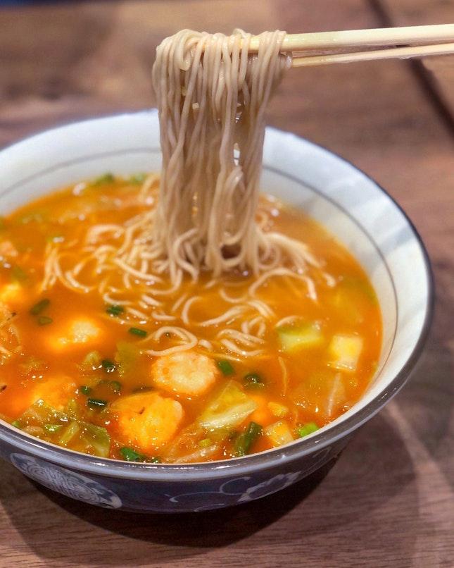 Ebiko Prawn Paste Shrimp Ramen 鱼子虾滑赤汤面 [$15.50]