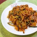 东北大拉皮 Cold Mung Bean Noodles [$7]