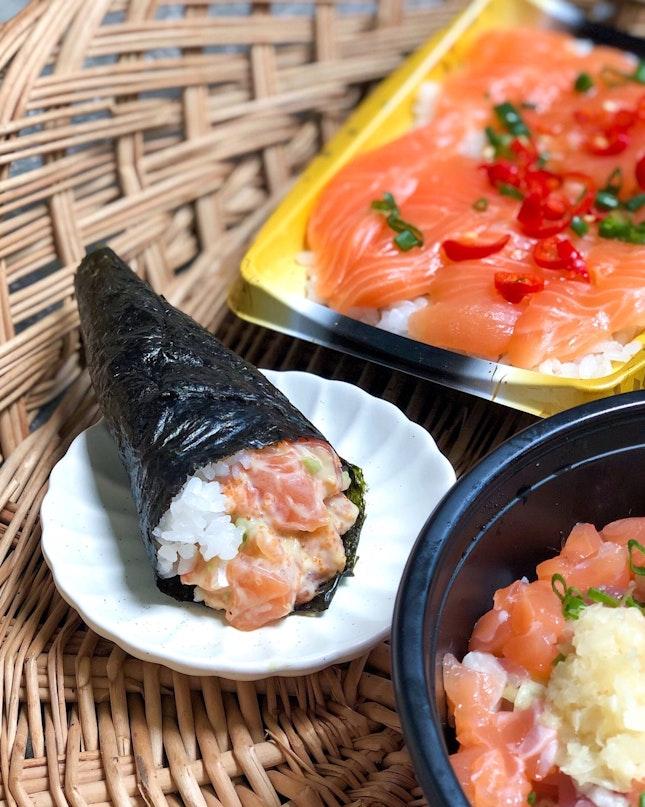Salmon Avocado Handroll [$2.80]