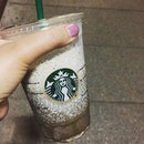 Late night stroll out of the house for some good 'ol Hojicha Cream frappe from @starbuckssg .