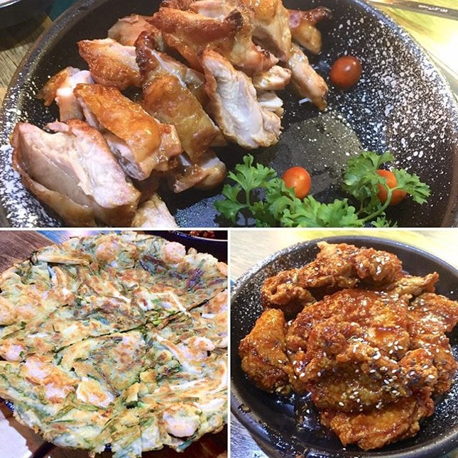 #throwback to Korean Fried Chicken and the most amazing roasted chicken thigh at Oven and Fried Chicken with my oldest (as in longest time we've known each other) girlfriends.