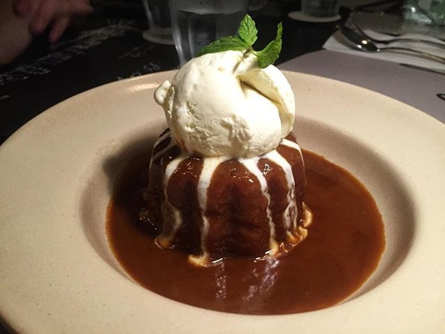 Can't go wrong with Sticky Date Pudding at @pscafe - warm sticky date pudding served with ooey, gooey caramel sauce and a scoop of vanilla ice cream.