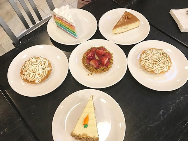 Sweet treats for little Barry's 8 month old celebration (or just an excuse for desserts).