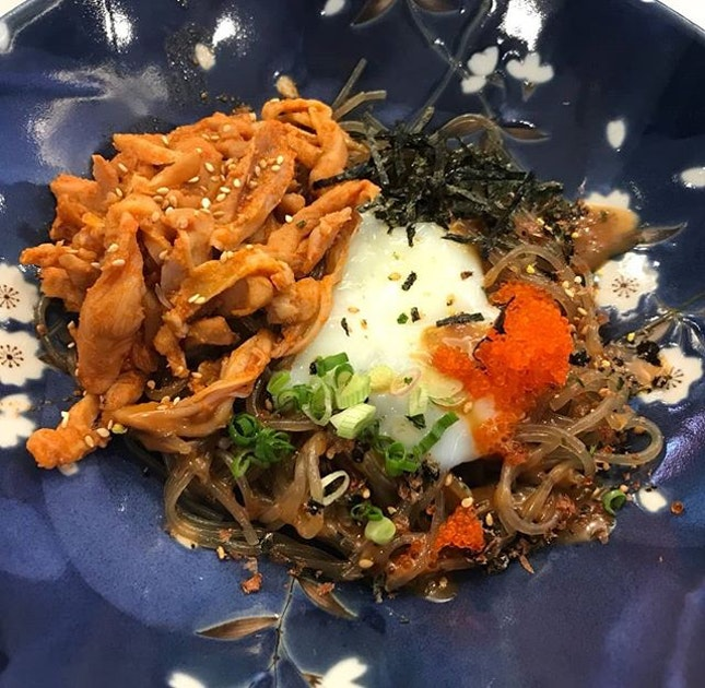 Birdnest (glass noodle, onsen egg, tobiko and kimchi chicken) and jiji don (rice with kimchi chicken, soy winglets and teriyaki chicken)!