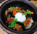 It was the first time that I heard of the parboiling technique to cook claypot rice, which allows claypot rice to be served faster!