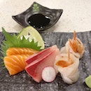 For someone who doesn't eat sashimi, I was very impressed by the aka ebi ($8++) sashimi!