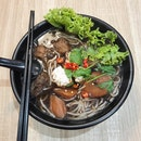 Angelica Herbal Brown Rice Thick Beehoon Soup