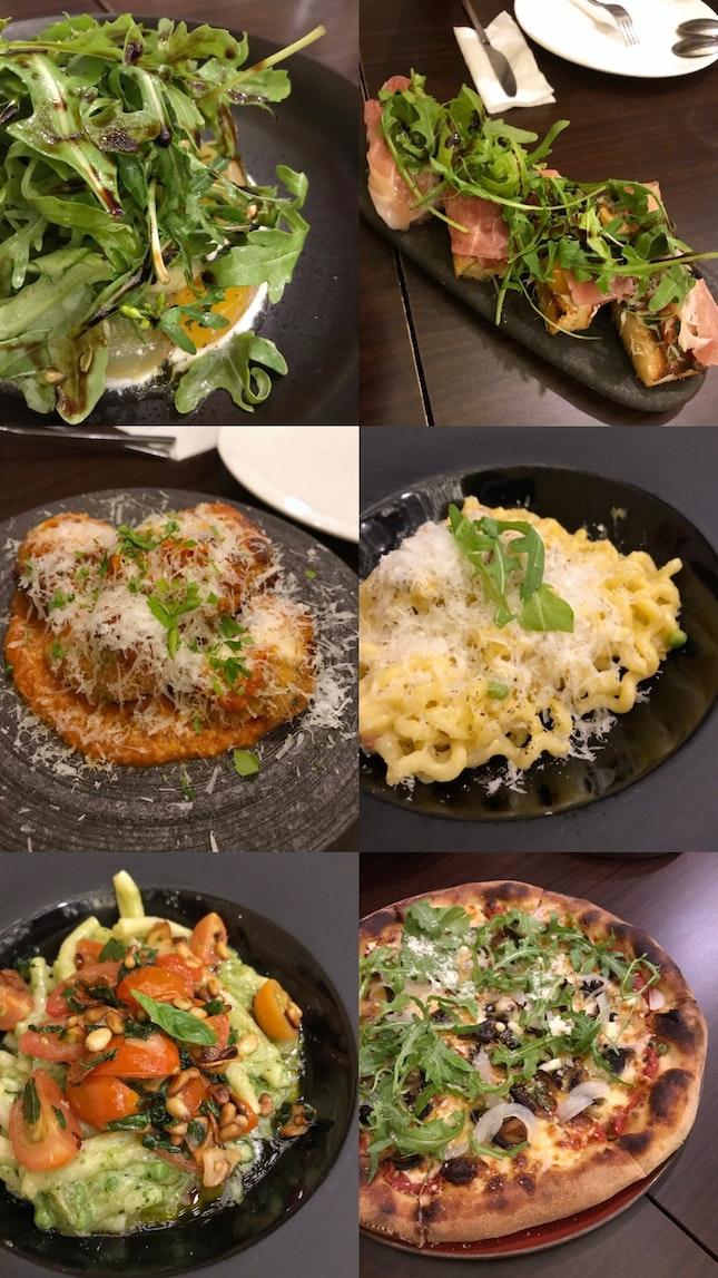 Fast Food / Burgers / Pizza