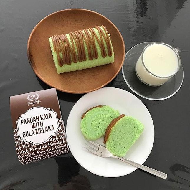 Pandan kaya roll with gula melaka.