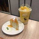 Crepe cakes and drinks with a Thai touch.