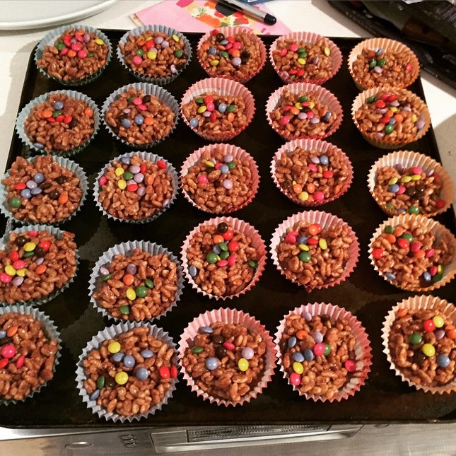 Party prep, choc crackles in the fridge #lilygraceturns2  #Burpple