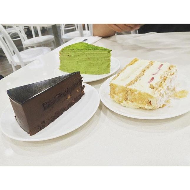 Finally got to try their green tea crepe cake, chocolate cake and sorta like cream custard & biscuit cake 😍 #foodphotography #foodforfoodies #foodporn #foodheaven #foodsg #foodie #burpple  #sgfood #foodporn #foodpornsg #sgig #foodstagram #foodgram #foodiegram #sgfoodies #cafehoppingsg #cafehopping #fatdieme #iconosquare