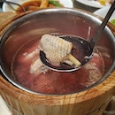 [PUTIEN] - RED MUSHROOM FESTIVAL Double-boiled Chicken Soup  with PUTIEN RED MUSHROOM 红菇炖土鸡 from @putien_sg.