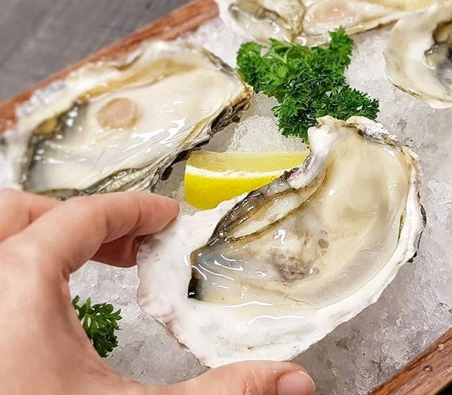 Plump and Juicy Fresh Oyster by @killineyexchange!