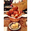 The bread.