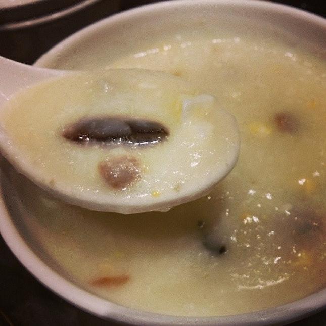 Century egg porridge #umakemehungry #sgfood #sghawkers #singaporefood #yummy #umakemehungry #yummy #foodphotography #foodie #foodgasm #foodstamping #foodbloggers #foodoftheday #foodporn #foodspotting #instafood #instasg #justeat #openricesg #timhowan #porridge #dimsum