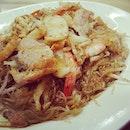 Fried vermicelli #foodphotography #foodie #foodgasm #foodstamping #foodbloggers #foodporn #foodspotting #followme #sgfood #foodie #vermicelli
