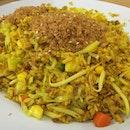 Pineapple fried rice (vegetarian) #sgeats #followme #foodblogger #singaporefood #delicious #yummy #foodgasm #foodstamping #sgfood #foodoftheday #foodporn #burpple #foodspotting #fatdieme #foodgasm #instafood #openricesg #justeat #foodphotography #8dayseatout #instasg #umakemehungry #lifeisdeliciousinsg #foodblogs #nomnomnom