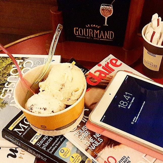 #Oreo #Tiramisu #Chocolate #IceCream for #dessert tonight..