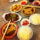 Bak kut teh shiokness on a cold rainy day #bakkutteh #rangoon #sgfood #foodgram #food