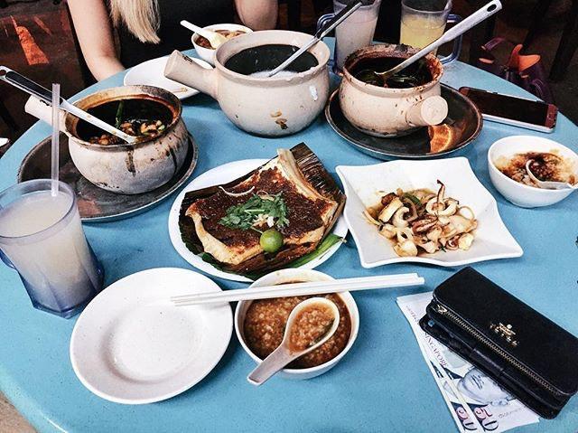 Hit: frog leg porridge/butter sotong.