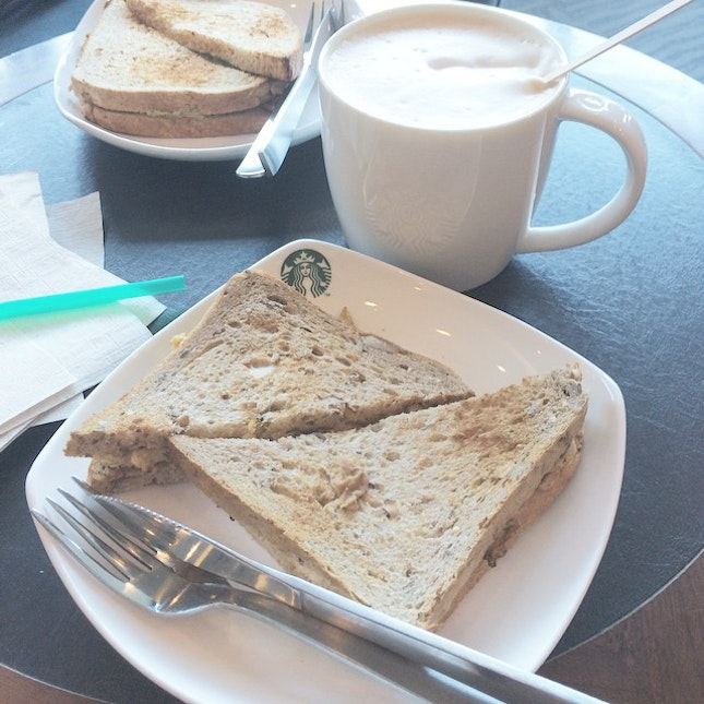 late #breakfast with ❤️ and then continue my #assignment later 😊