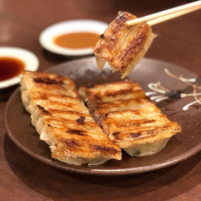The pork gyoza here is so good!