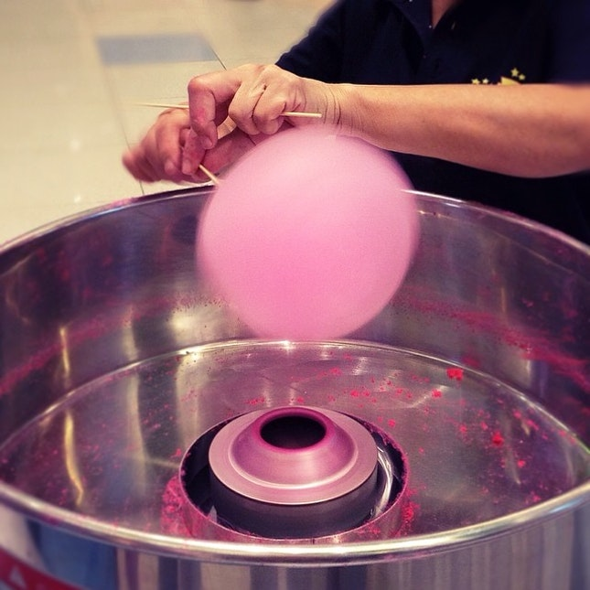 Love watching #cottoncandy being made.