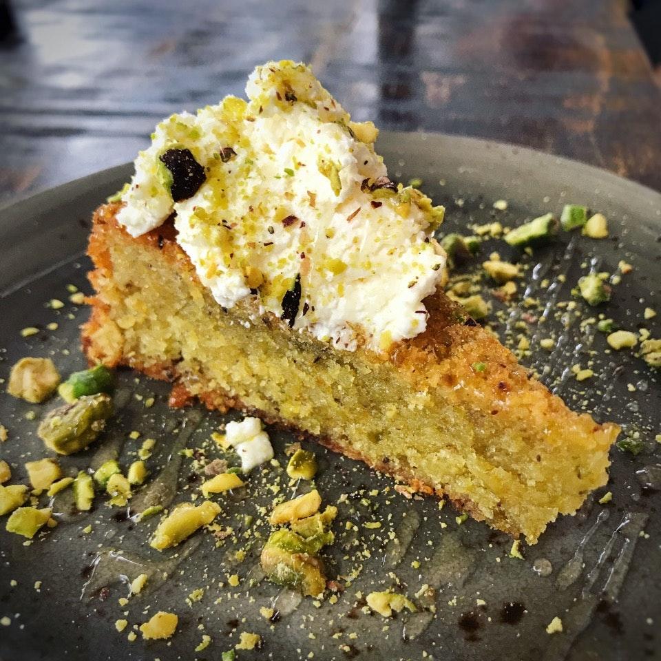 Pistachio Cake ($10++)