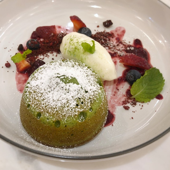 Molten Matcha Lava with Cheese Ice-cream ($16++)