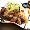 Some cubes of good old wagyu beef to make me happy before going back to work tmr.