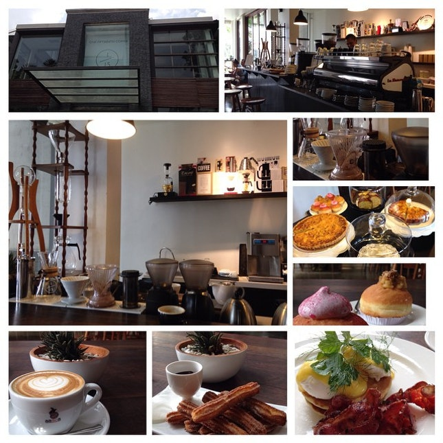 New #coffee #shop in Gandaria 😄 great place, great coffee and great snacks 😘