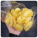 20120919 Streetfood: Freshly prepared jackfruit.