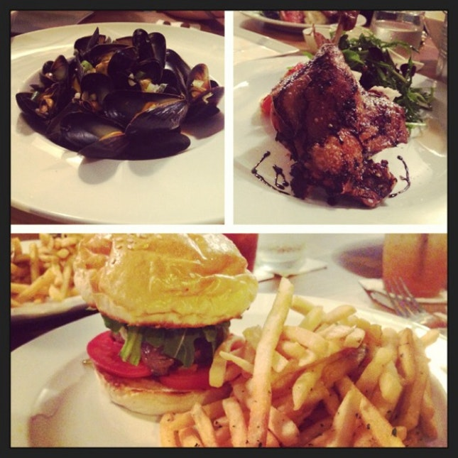 mussels , beef burger and pork belly