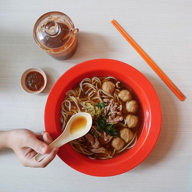 Sliced Beef & Beef Ball Noodles •SGD $7.20 / $8.20•  It has been some time since I had a bowl of good beef noodles.