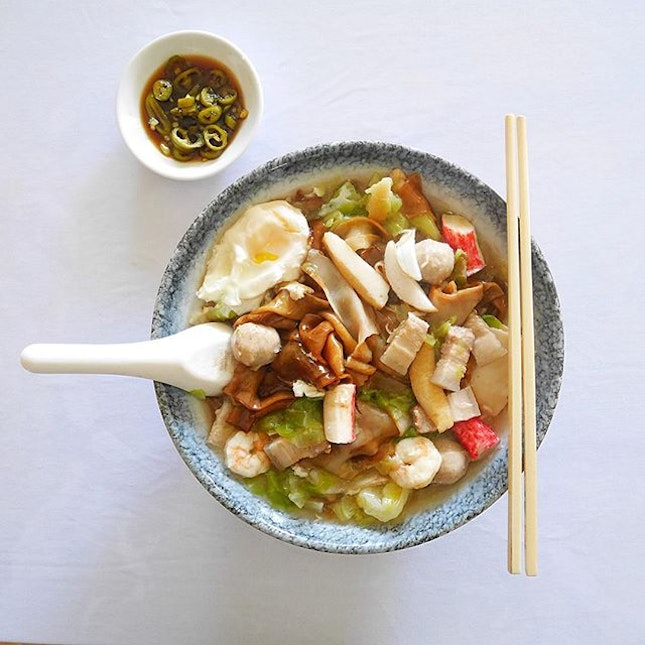 Seafood Hor Fun  No matter how much food we ate everyday, nothing beats homecooked that is cooked with love by mum.