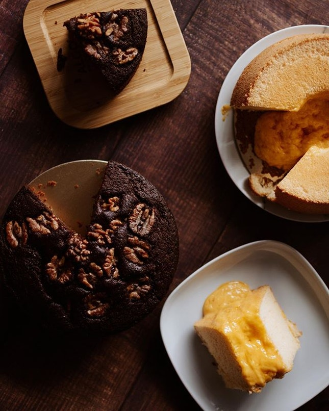 Old Seng Choong is coming out with their new cakes, mainly the Salted Egg Yolk Lava Chiffon Cake [$23.80] and the Black Sugar Cake with Walnuts [$23.80].