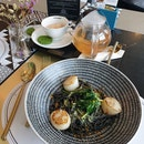 Scallop Squid Ink Spaghetti