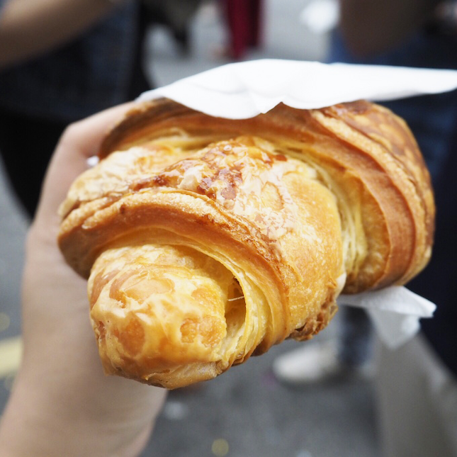 For Irresistable Croissants and Baked Goods