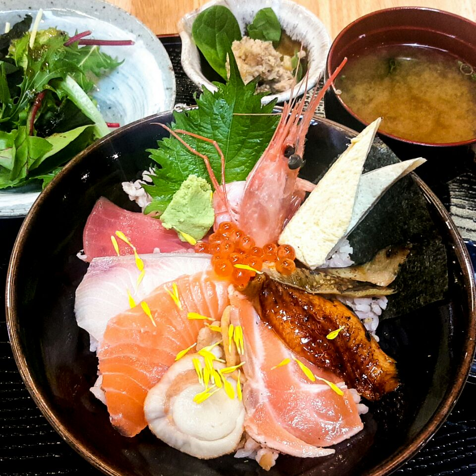 For Affordable Japanese Lunch Sets in Town