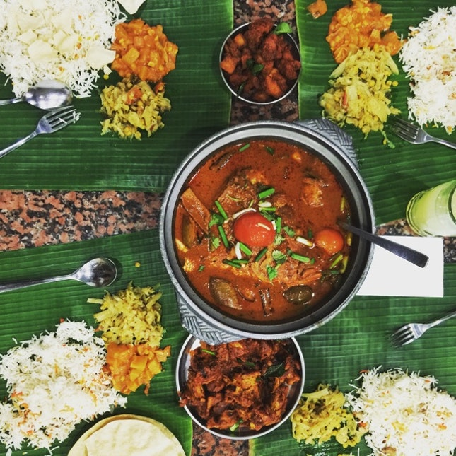 For Banana Leaf & Fish Head with Family