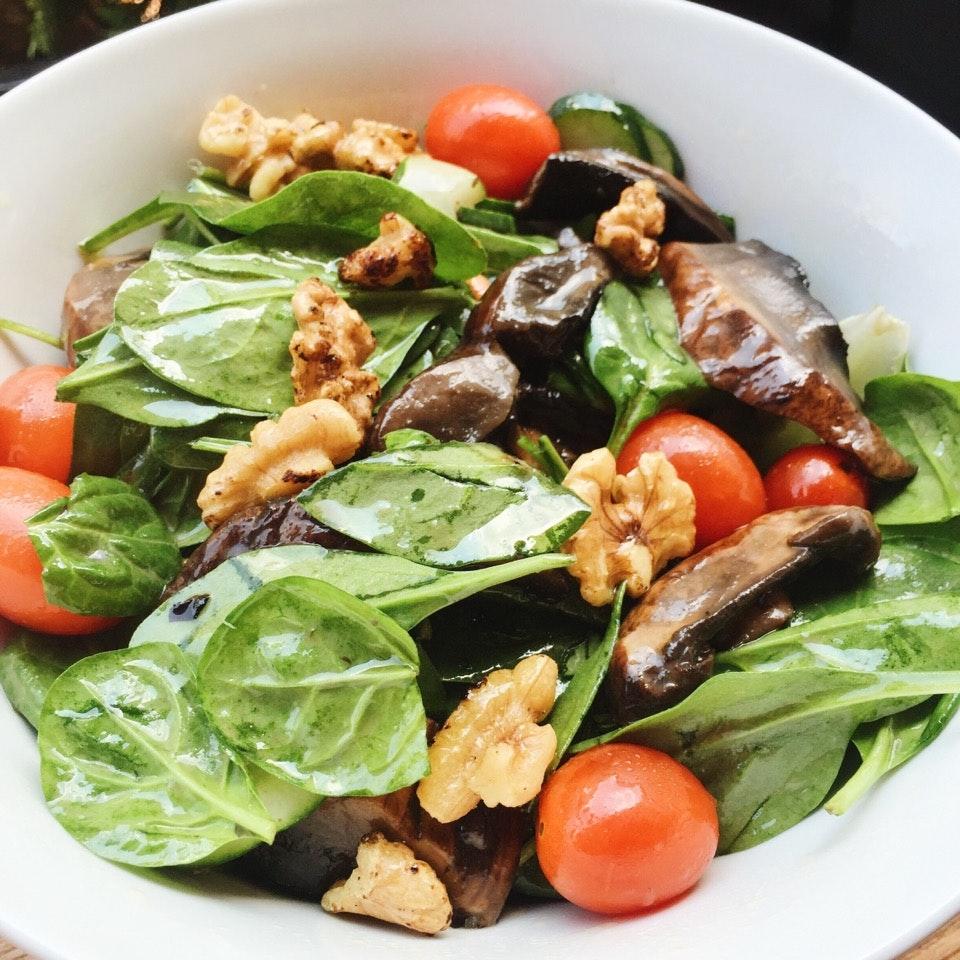 For Healthy Eats along Duxton Road