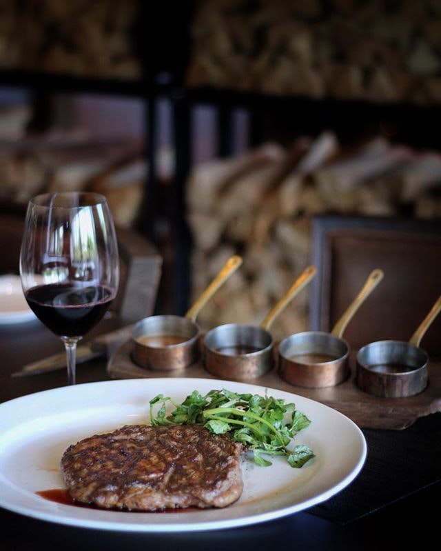For Business-Friendly Steak Lunches