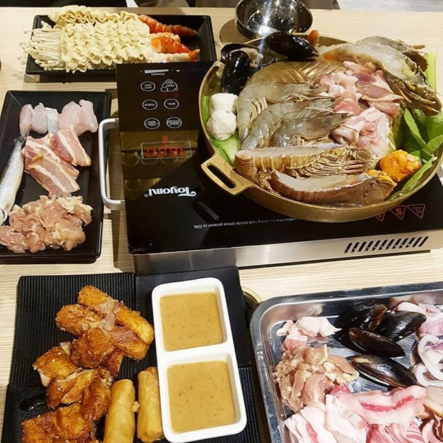 For 1-for-1 Mookata Buffet