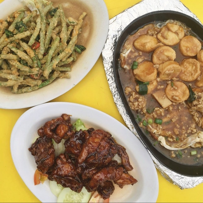 For Local Fare by Day and Tai Chow by Night