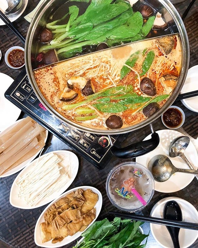 For Delicious Vegetarian Steamboat and Mala in Bugis