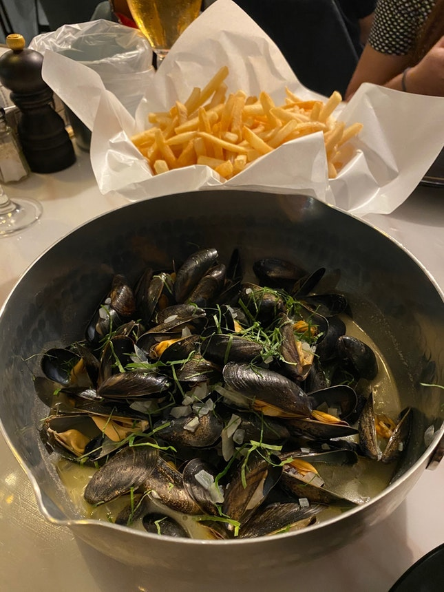 For 500g Mussels & Fries (save~$35)