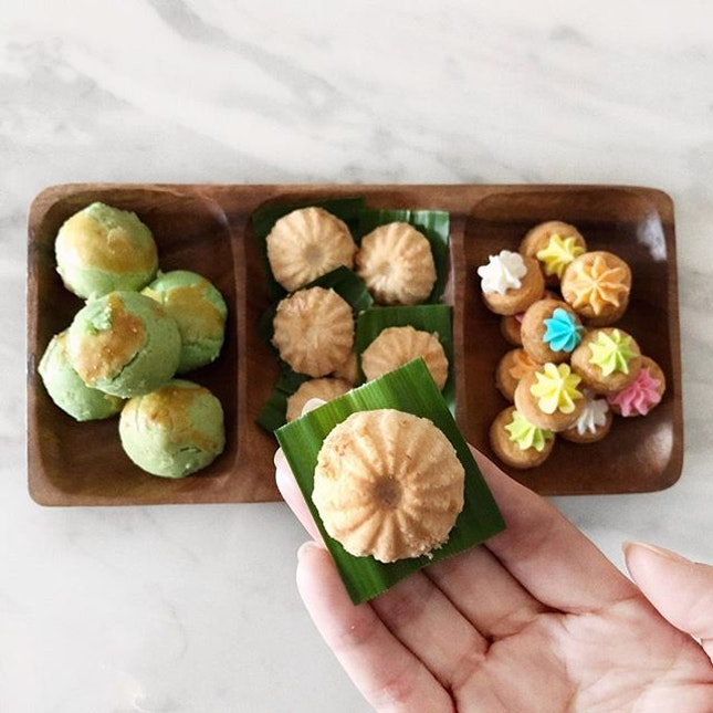 3rd day of Lunar New Year and the munching continues Peranakan Nostalgic Cookies from @bakersbrewstudio Ondeh Ondeh   Tutu Cookies   Gem Biscuits Cookies .