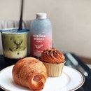 @thealley.sg latest outlet at Cineleisure offers pastries alongside their beverages.
